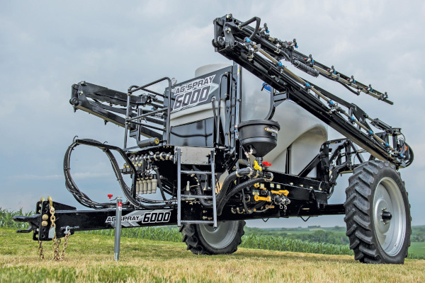 Ag Spray 6000 SERIES SPRAYER W/ 60' OR 72' BOOM for sale at Windstar Equipment and Auctions, TX